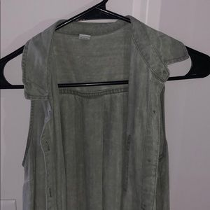 Green sleeveless buttoned up dress or throw over